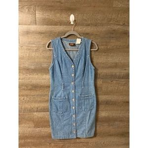 Denim Button Up Dress ✨